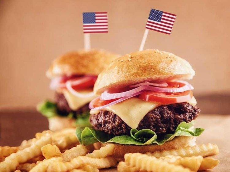 Typické americké jídlo - Burger